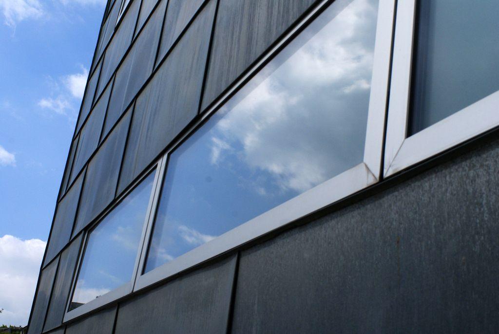 Moderne wandgestaltung sony for Moderne wandgestaltung