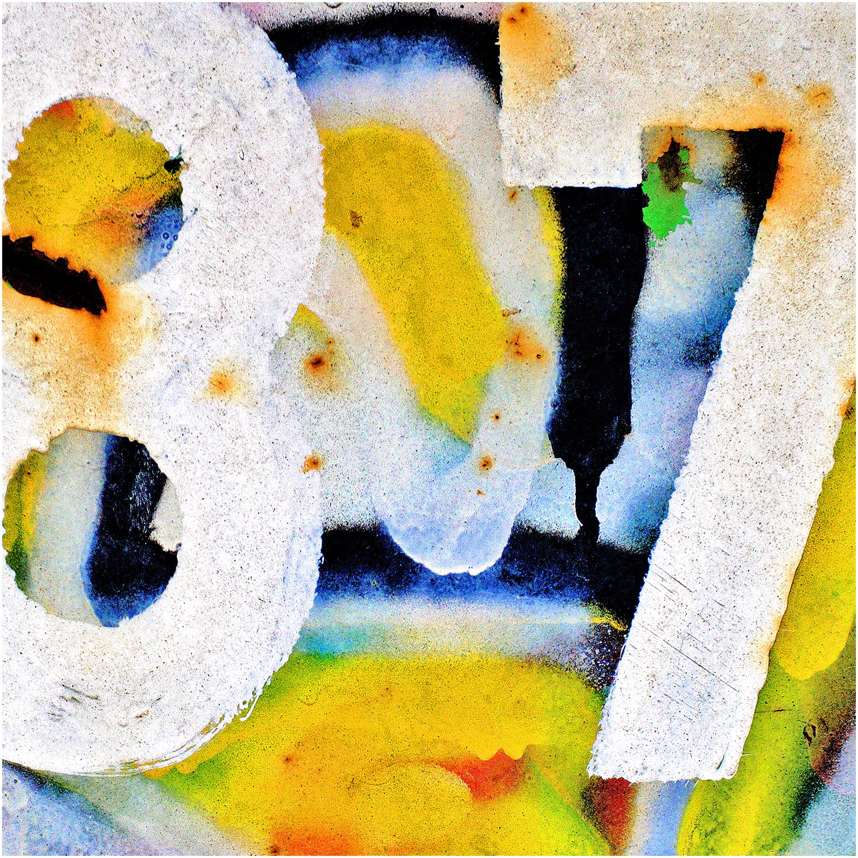 """ 87 "" - Sony"